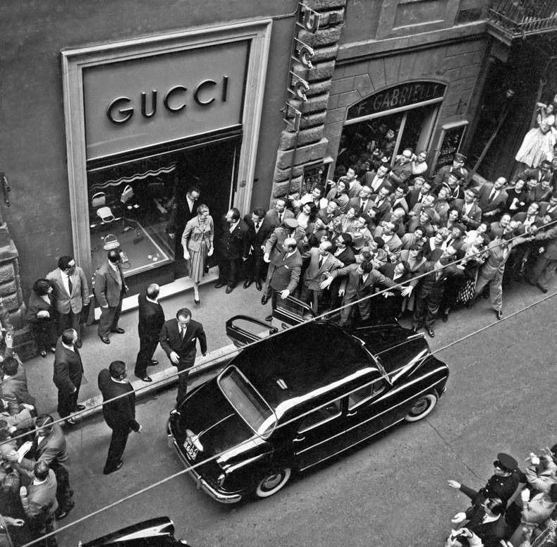Gucci-First-New-York-Store-Opened-1953