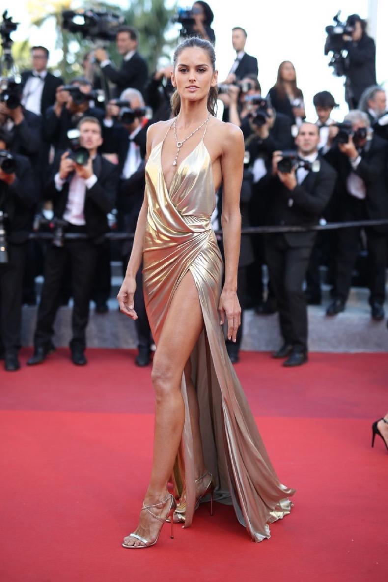 Isabel-Goulart-went-gold-lamé-Alexandre-Vauthier-Last