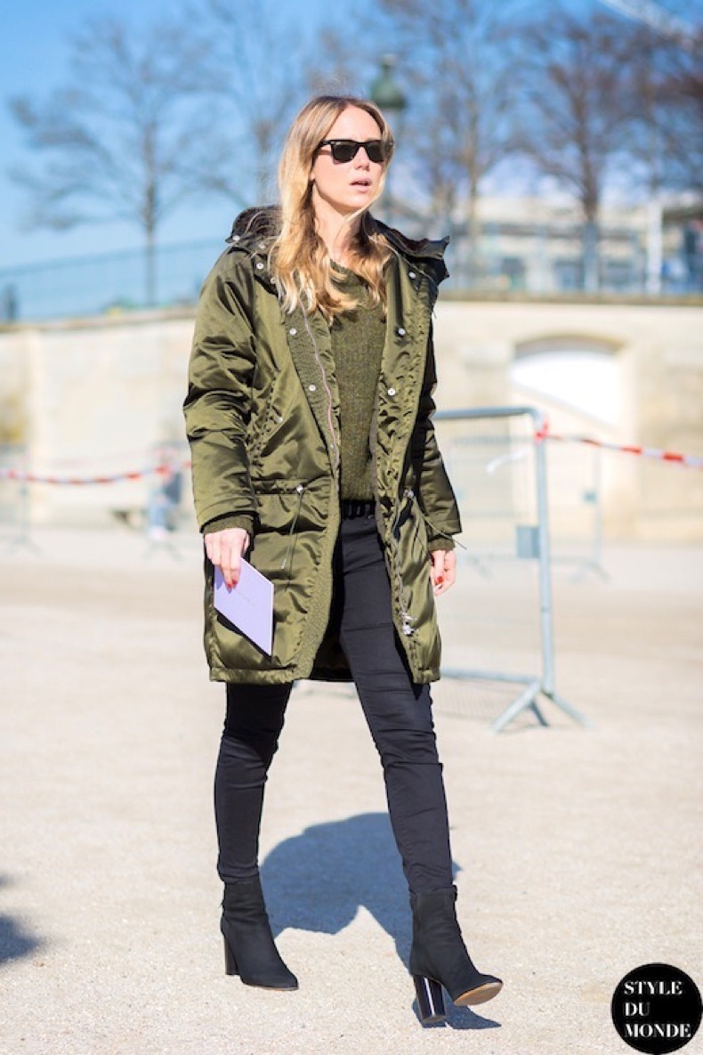 Le-Fashion-Blog-Jennifer-Neyt-Paris-Fashion-Week-Street-Style-Army-Green-Parka-Black-Skinny-Jeans-Heeled-Suede-Ankle-Boots-Via-Style-Du-Mond