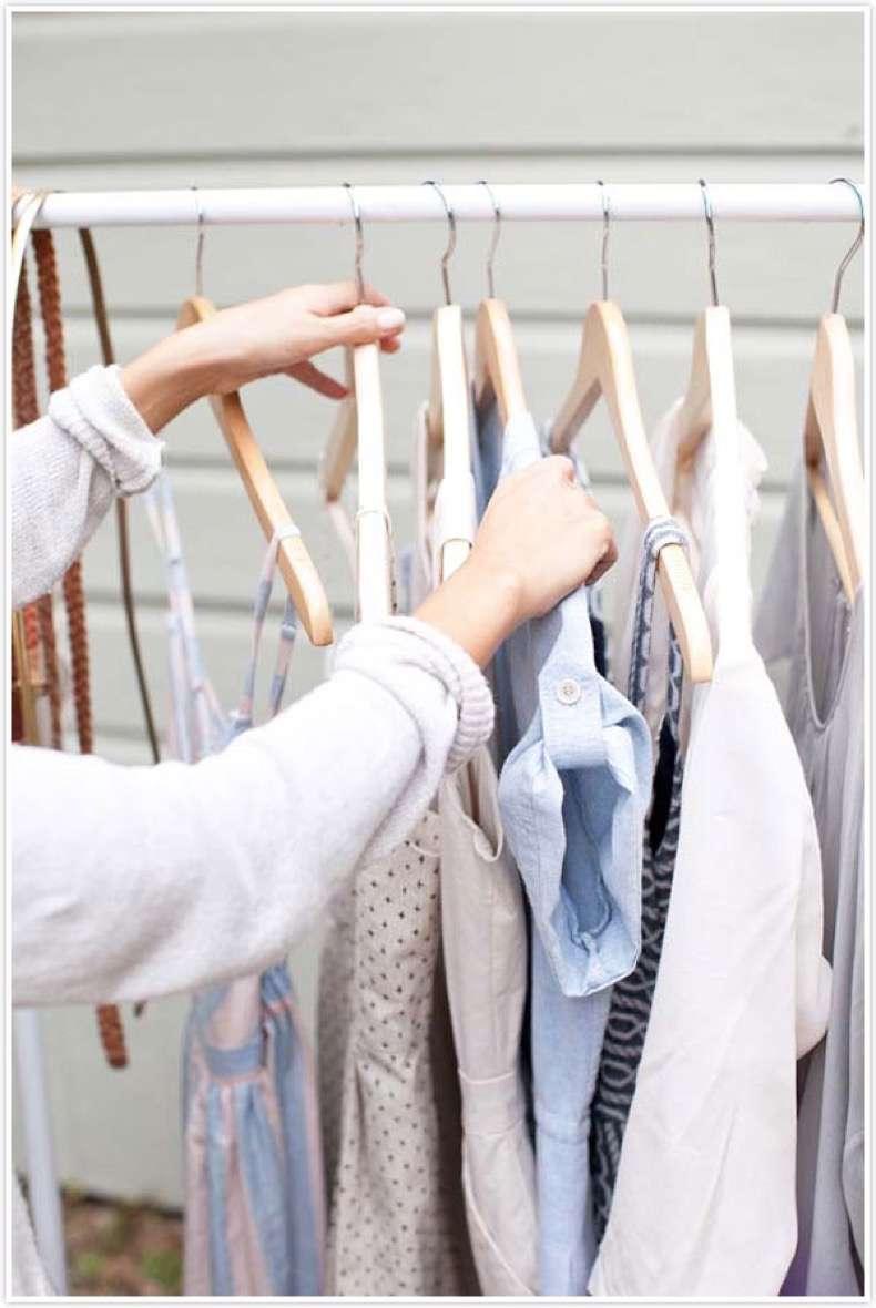 Pipe-garment-rack-DIY