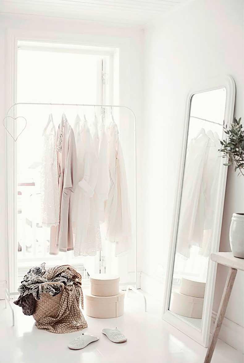 White-wardrobe-2