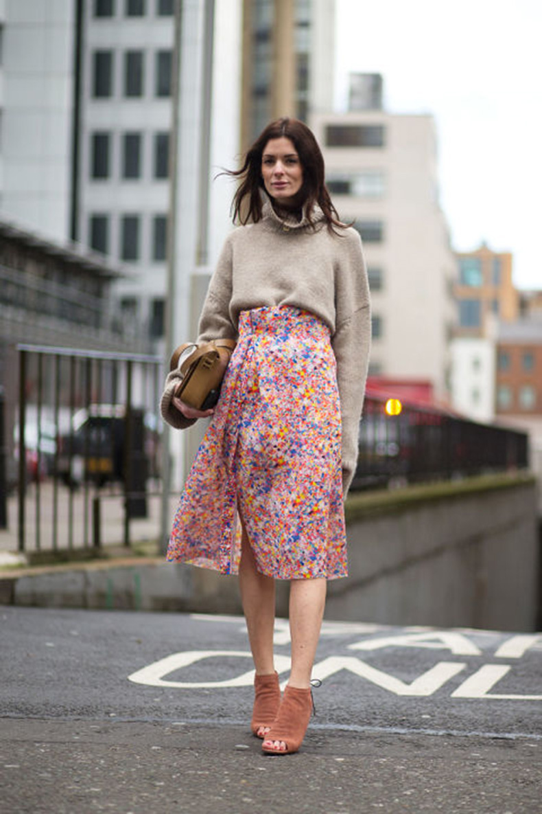 confetti-print-skirt-wrap-skirt-printed-spring-skirt-turtleneck-sweater-open-toe-boots-spring-work-outfit-via-hbz