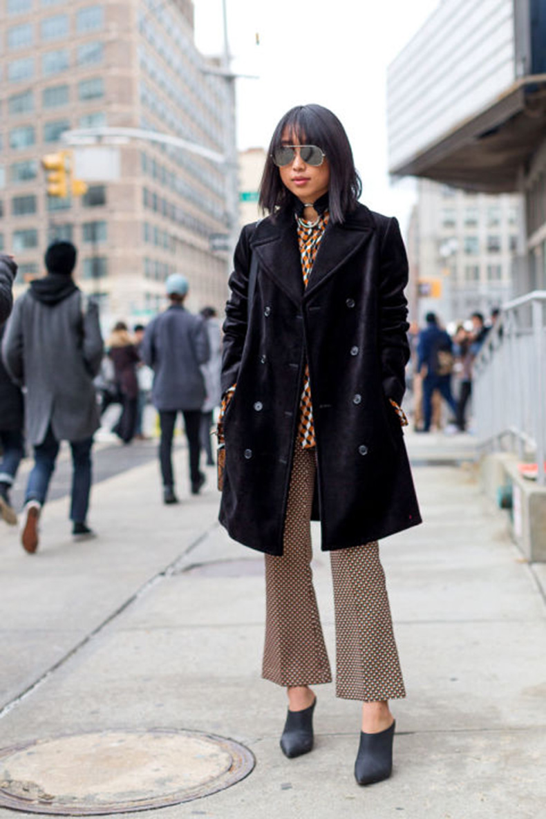 cropped-flares-printed-pants-mixed-prints-velvet-coat-nyfw-street-style-mules-hbz