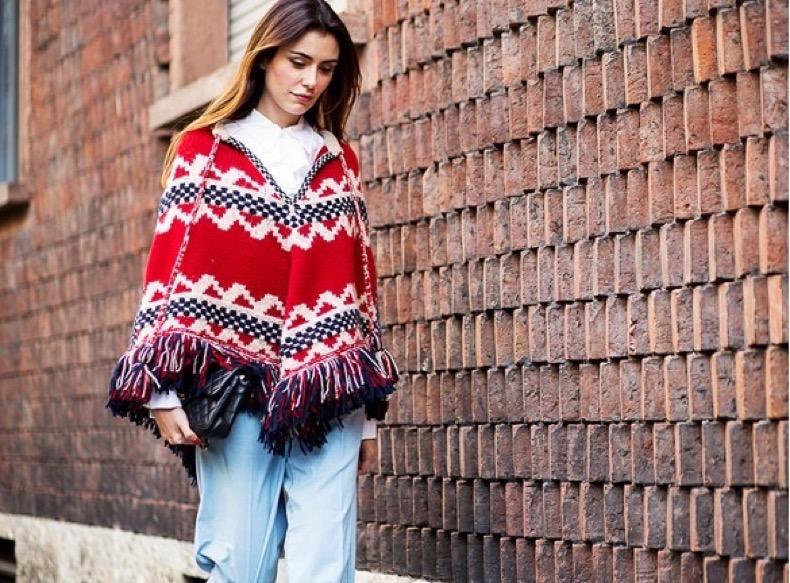 fall-boho-trend-poncho-fringe-boho-prints-via-the-urban-spotter