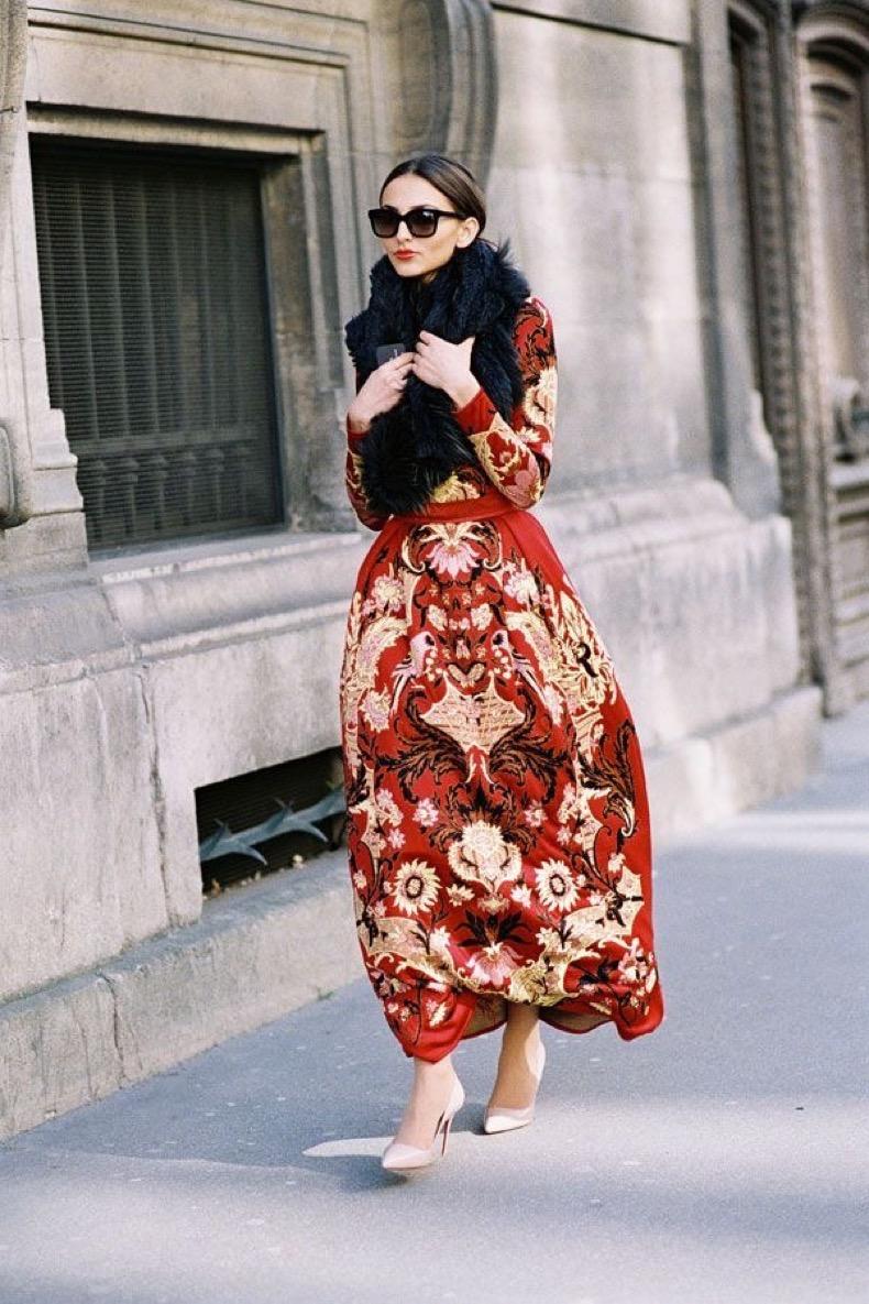 fall-fashion-fall-maxi-dresses-fall-prints-red-pumps-fall-weddings-via-vanessajackman