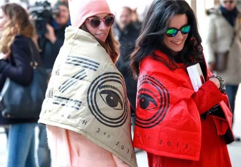 kenzo-street-style-blankets-paris-fashion-inspiration-moda-fashion-trends-tendencias-prints-eyes-ojos estampados