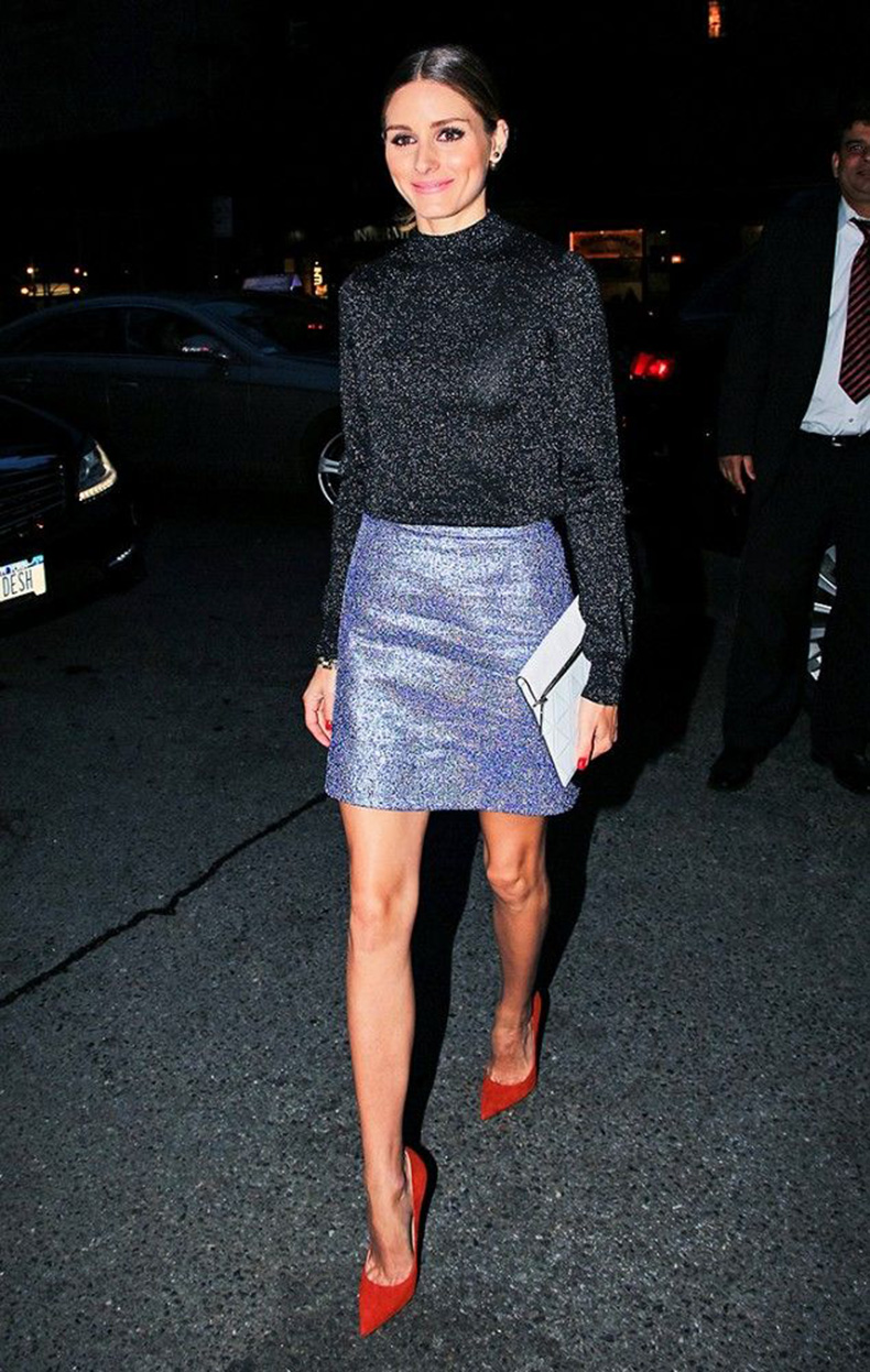 new-years-outfit-cocktail-party-outfit-winter-wedding-outfit-what-to-wear-on-new-years-eve-holiday-party-sequined-turtleneck-metallic-mini-skirt-party-outfit-olivia-palermo-www