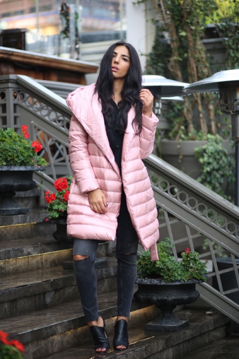 pink-hooded-puffer-coat-fall-street-style-inspo