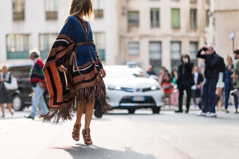 poncho-fringe-fall-colorblocking-belted-tan-fall-jackets-milan-fashion-week-elle