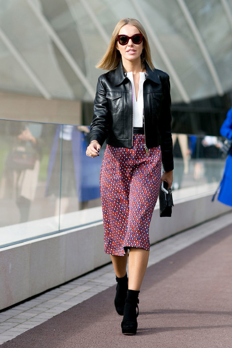 printed-midi-skirt-booties-black-leather-jacket-fall-prints-boho-Paris-Fashion-Week-Day-9-640x960