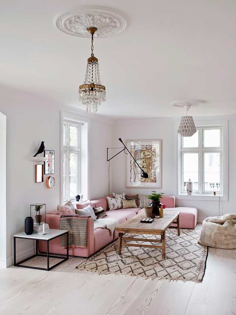 rose-quartz-sofa-interior