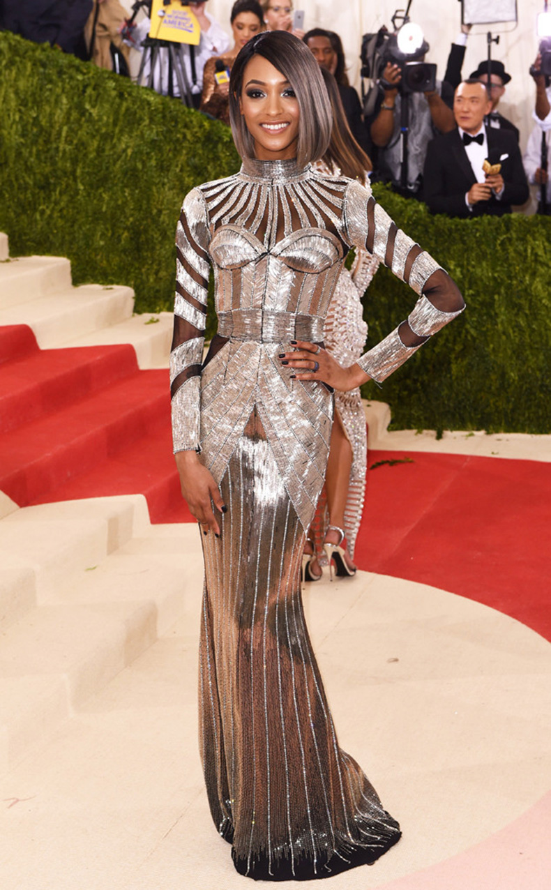 rs_634x1024-160502163724-634.Jourdan-Dunn-MET-GALA-Arrivals