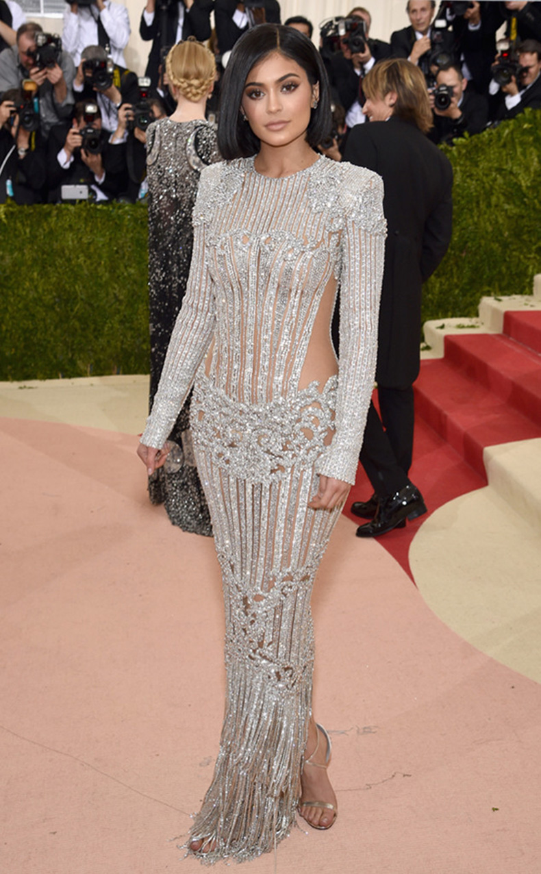 rs_634x1024-160502164823-634-MET-GALA-Arrivals-kylie-jenner