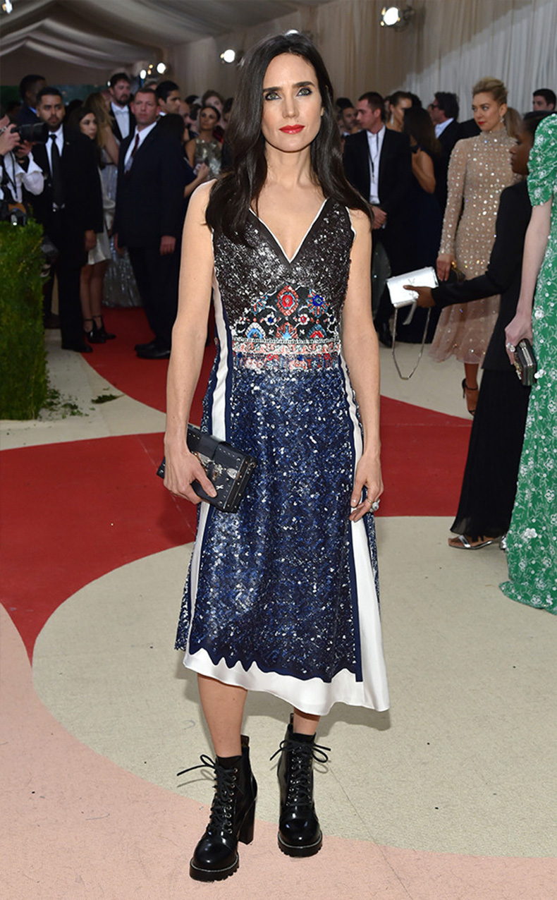 rs_634x1024-160502172430-634-jennifer-connelly-MET-GALA-Arrivals-2016