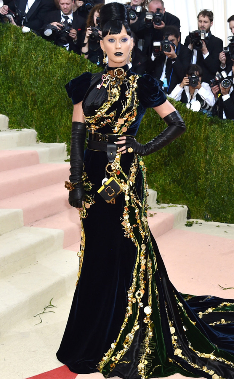 rs_634x1024-160502173705-644-MET-GALA-Arrivals-katy-perry