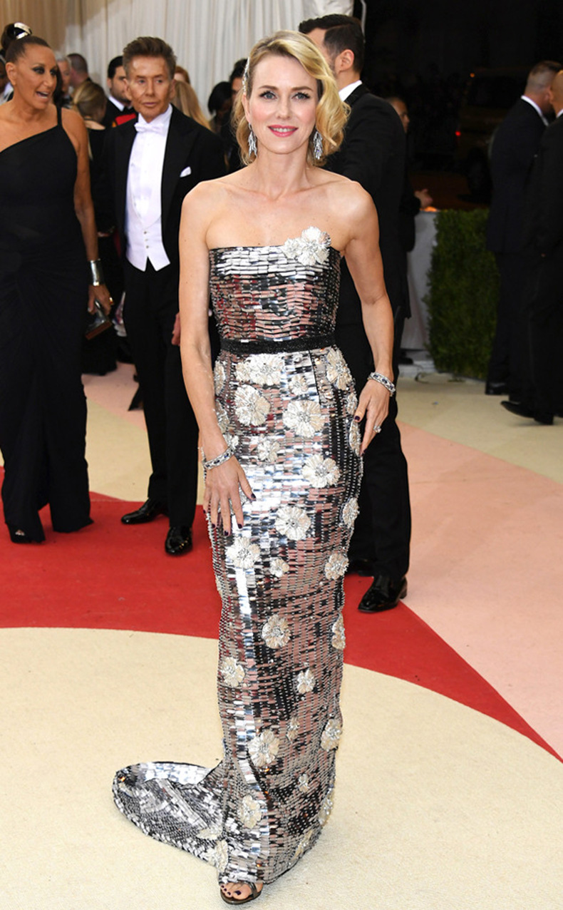 rs_634x1024-160502181830-634-MET-GALA-Arrivals-Naomi-Watts.ms.50216