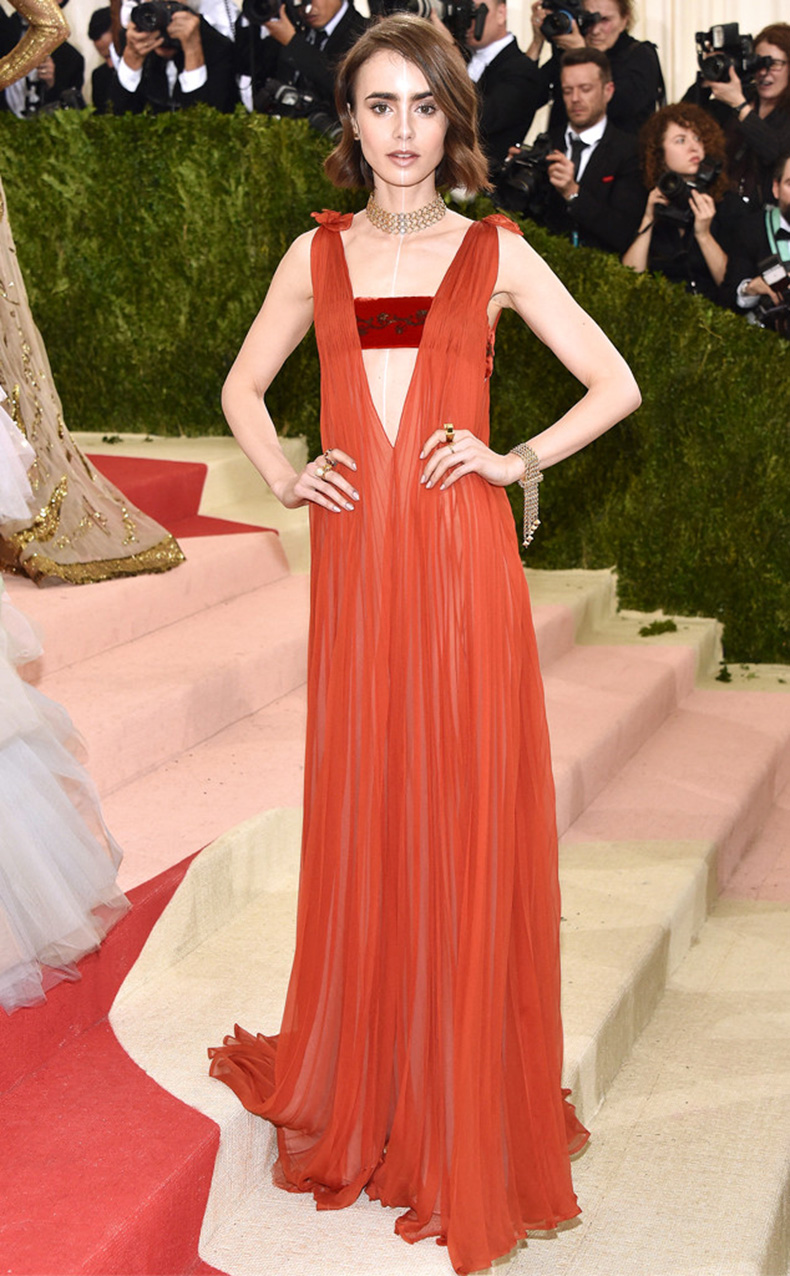 rs_634x1024-160502202516-634-MET-GALA-Arrivals-Lily-Collins.ms.50216-(1)