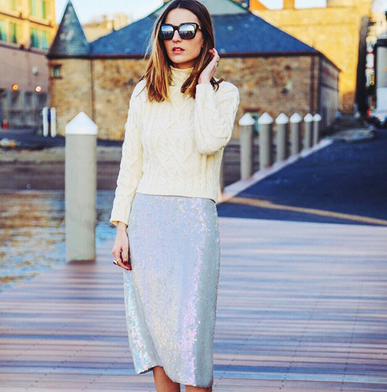 sweaters-and-skirts-sequined-pencil-skirt-sequins-turtleneck-sweater-fisherman-sweater-via-pose.com_