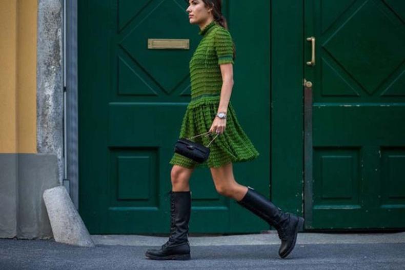 texture-mock-neck-victorian-green-dress-combat-boots-milan-fashion-week-www-640x426