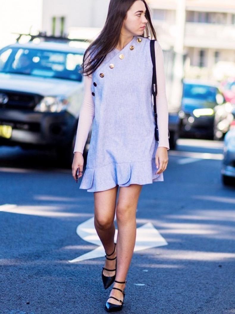 the-latest-street-style-photos-from-australian-fashion-week-1773540-1463574997.600x0c