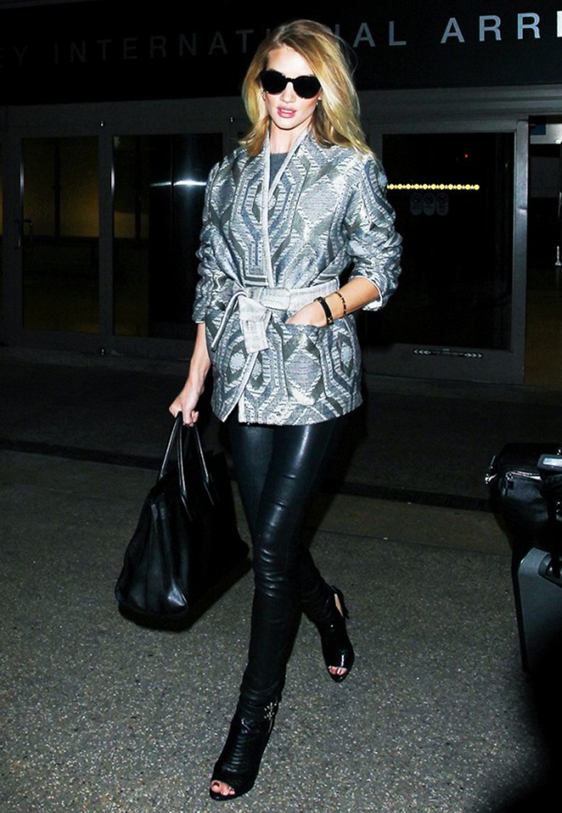 tk-celebrity-approved-ways-to-wear-leggings-to-work-1756039-1462298113.600x0c