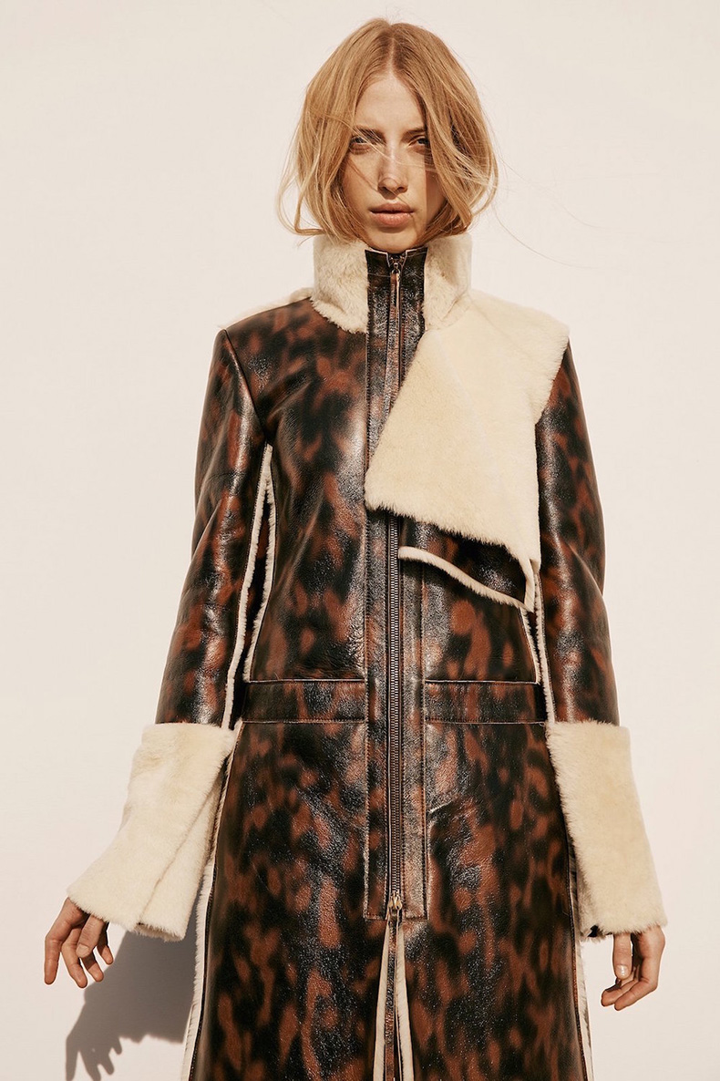 13.calvin-klein-collection-pre-fall-2016-lookbook-leopard-trend-oracle-fox
