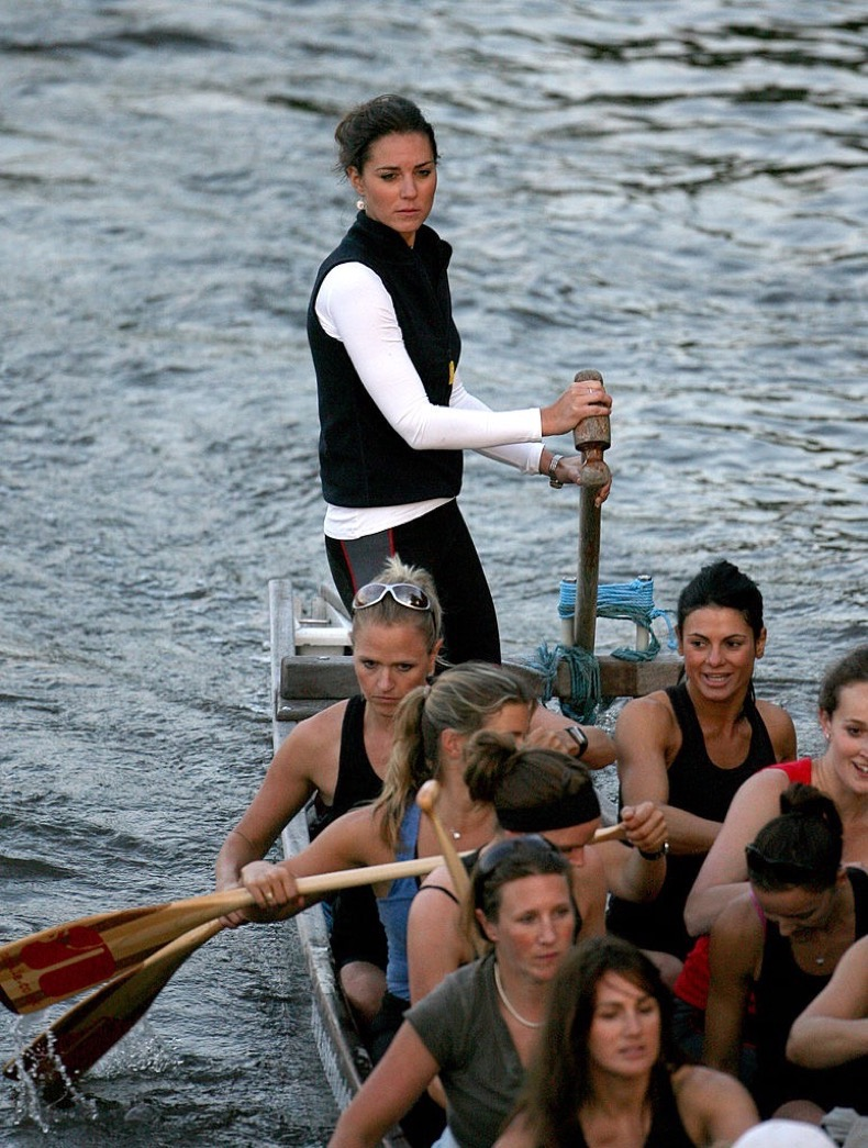 1452356526-1452295085-kate-middleton-rowing