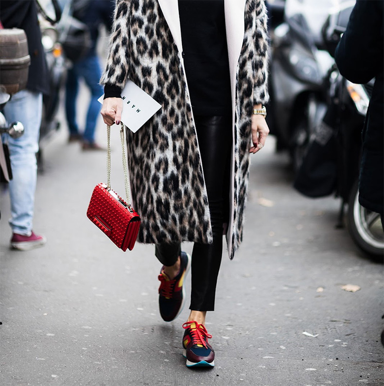 4.ShotByGio-George-Angelis-Elina-Halimi-Milan-Fashion-Week-Fall-Winter-2015-2016-Street-Style-leopard-trend-oracle-fox