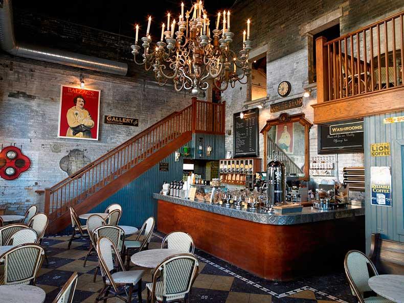 Balzac's-Coffee-Roastery-–-Toronto-Canada-800x601@2x
