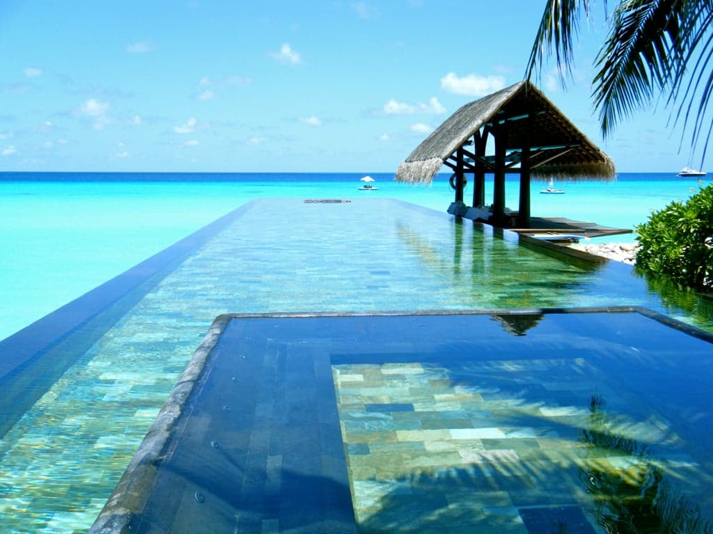 Coolest-Infinity-Pools