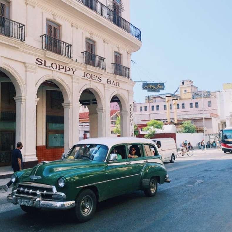 Cuba-vintage-cars-600x600