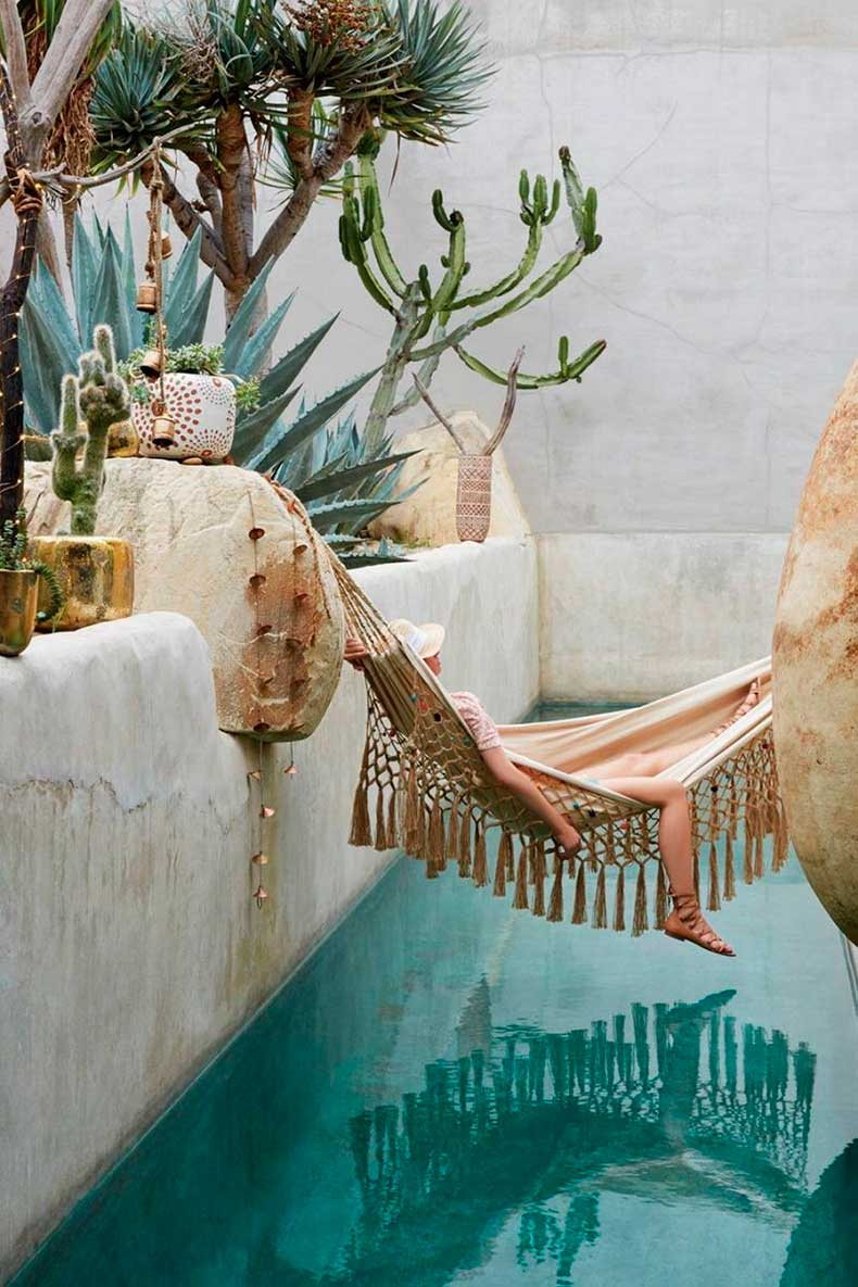 Hammock_tropical_pool