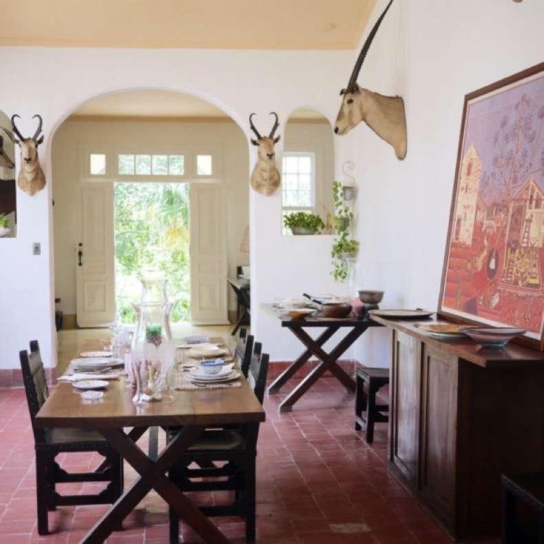 Hemingway-house-havana-600x600