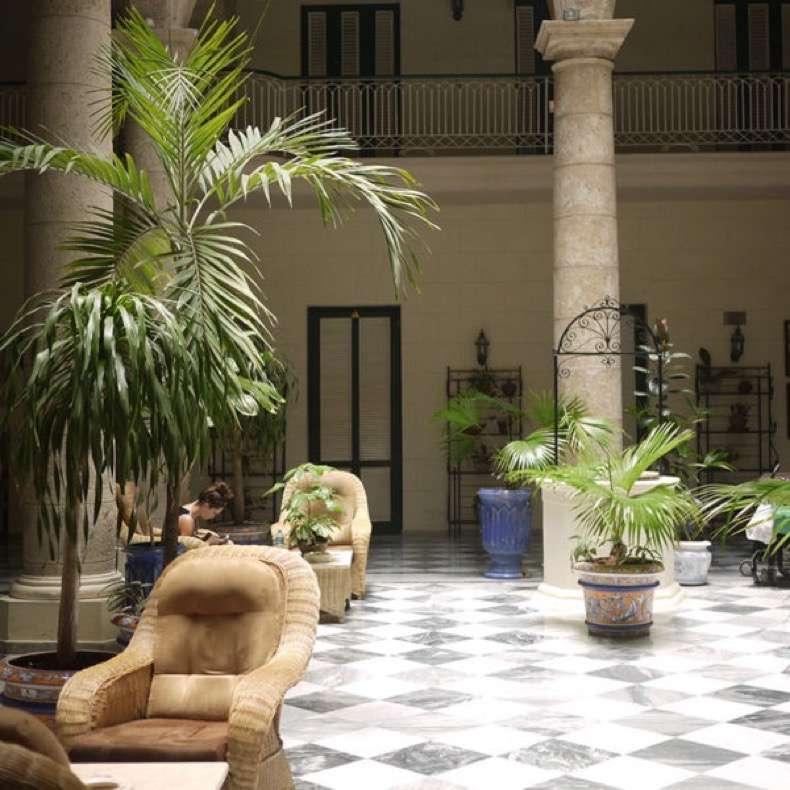 Hotel-Florida-Cuba-600x600