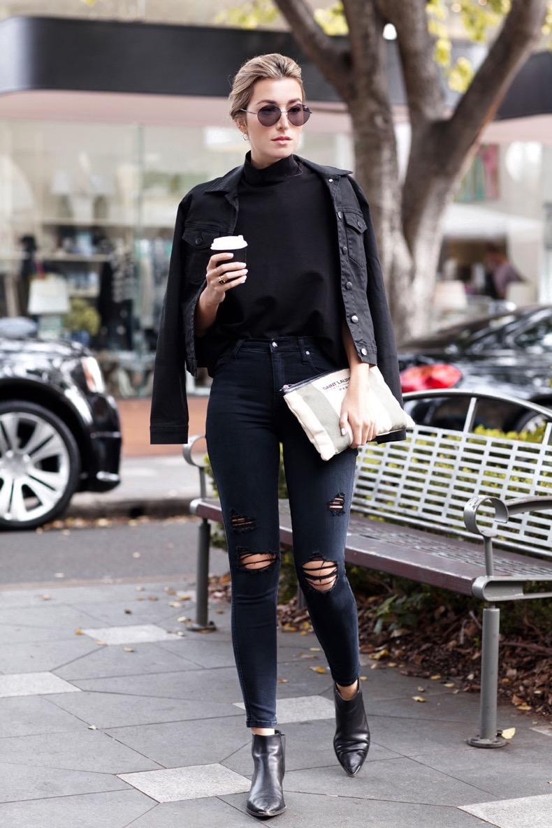 How-to-wear-all-black-on-Chronicles-of-Her
