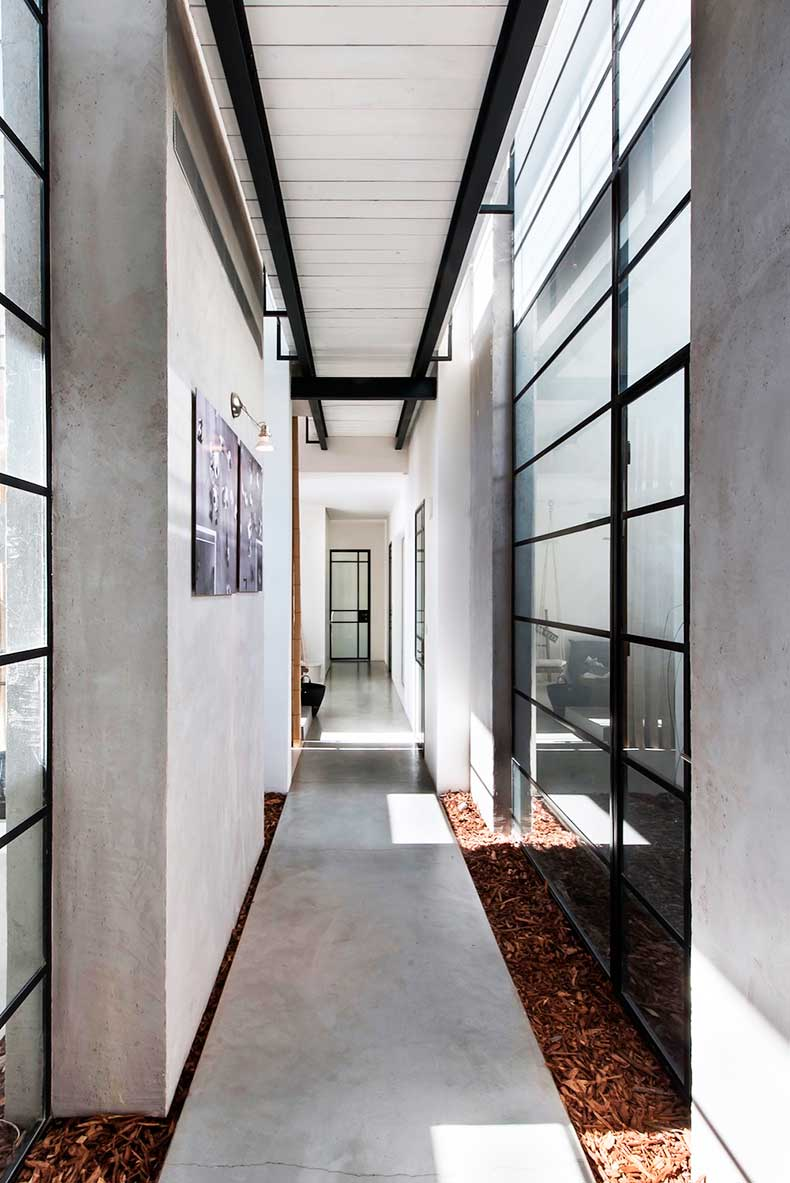 Oracle-Fox-Sunday-Sanctuary-Nueman-Hayner-Architects-Tel-Aviv-House-Tour-7