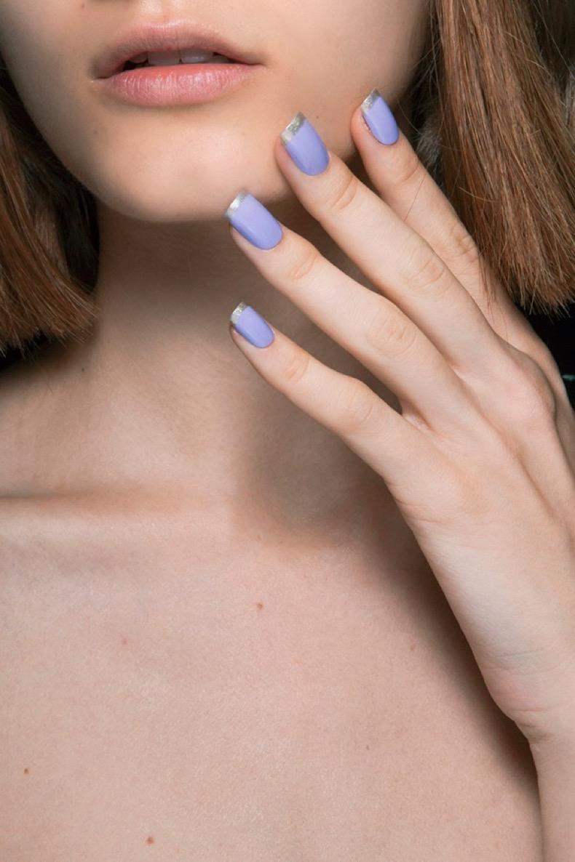 blue-silver-tips-minimalist-nail-art