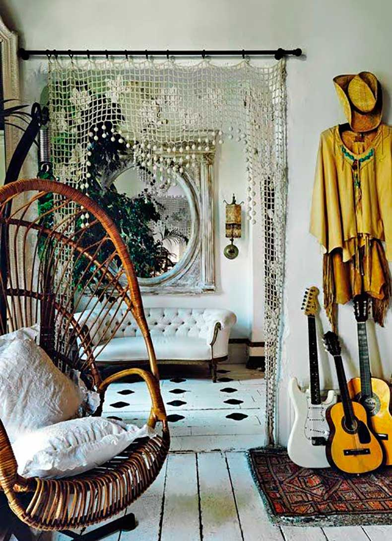bohemial-home-with-a-swing
