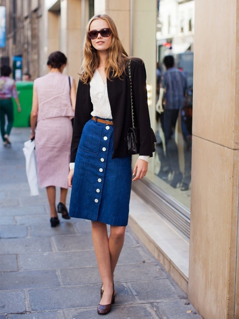 button-front-knee-length-denim-skirt-black-blazer-work-outfit-summer-spirng-outfit-via-stockholm-street-style