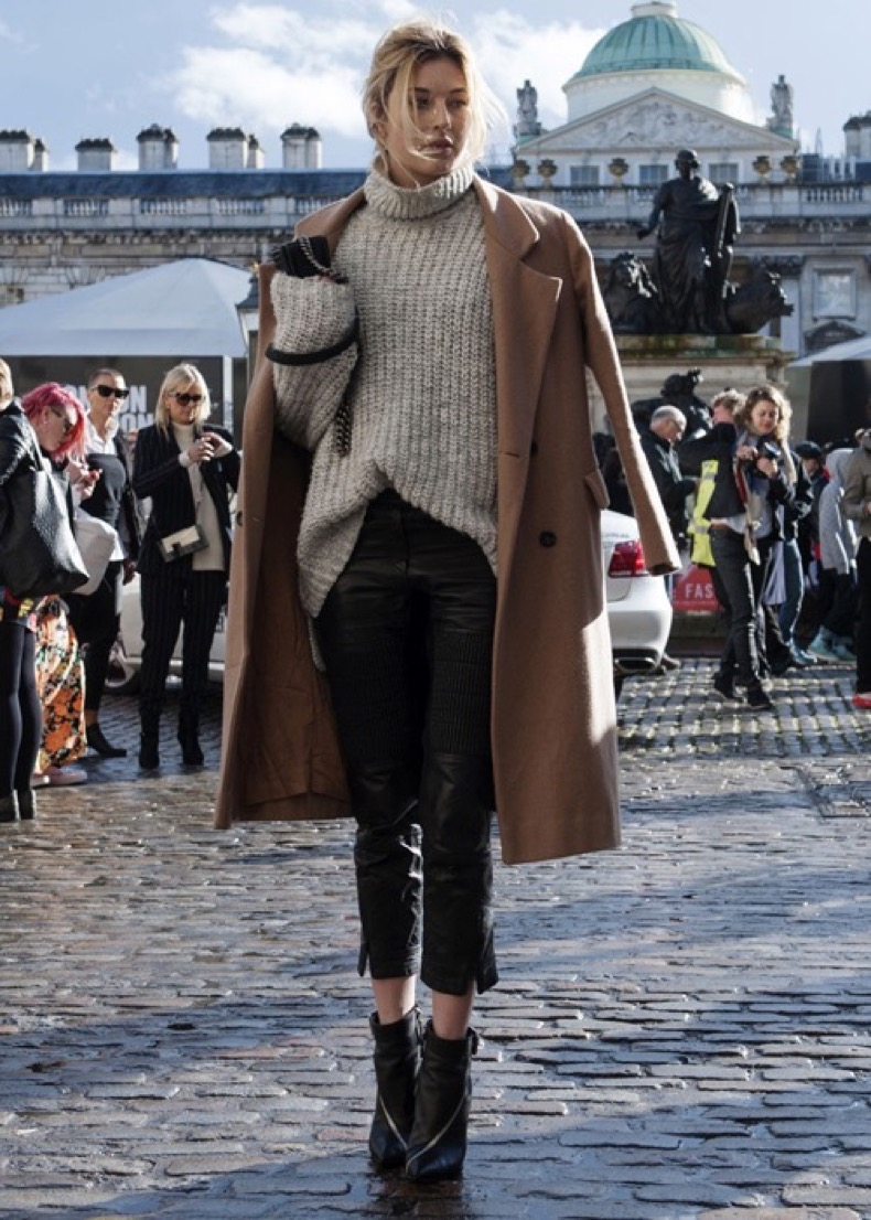 chunky-sweaters-street-style-12