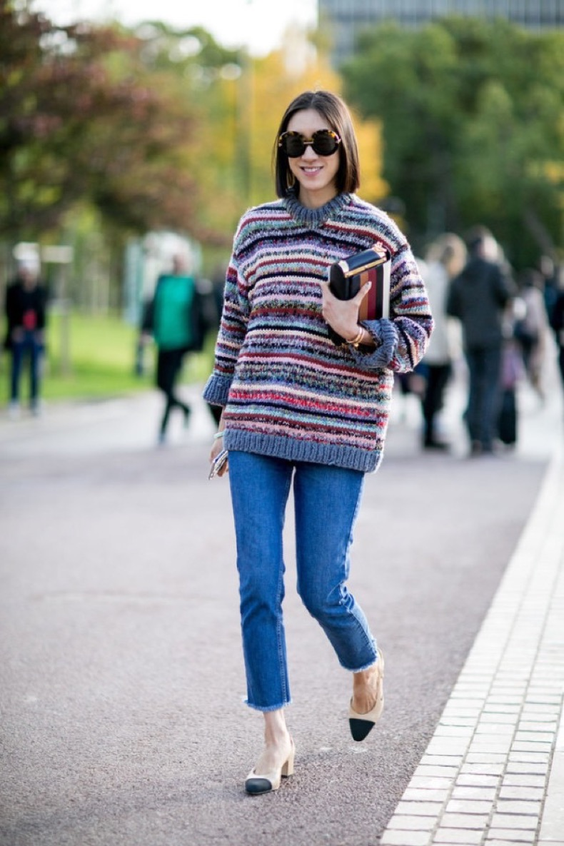 eva-chen-marled-striped-sweater-cropped-jeans-two-tone-chanel-heels-Paris-Fashion-Week-Street-Style-Spring-2016-640x960