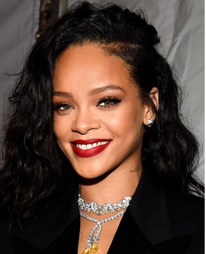 GLENDALE, AZ - JANUARY 31:  Recording artist Rihanna attends DirecTV Super Saturday Night hosted by Mark Cuban's AXS TV and Pro Football Hall of Famer Michael Strahan at Pendergast Family Farm on January 31, 2015 in Glendale, Arizona.  (Photo by Kevin Mazur/Getty Images for DirecTV)