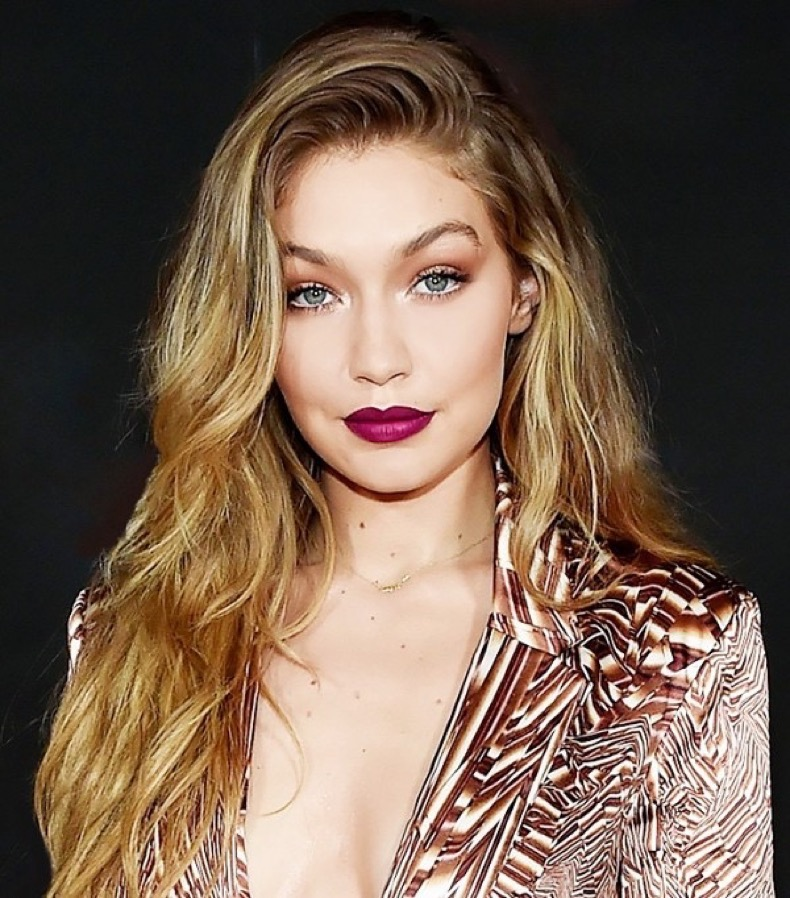 gigi-hadids-8-brow-secret-plus-more-celeb-beauty-looks-1760092-1462487574.600x0c