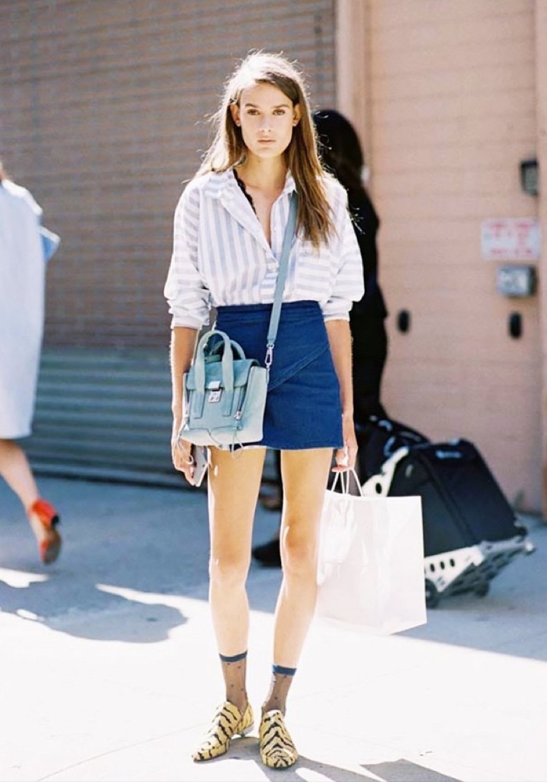 how-to-wear-a-denim-miniskirt-like-an-adult-1790236-1464819796.640x0c