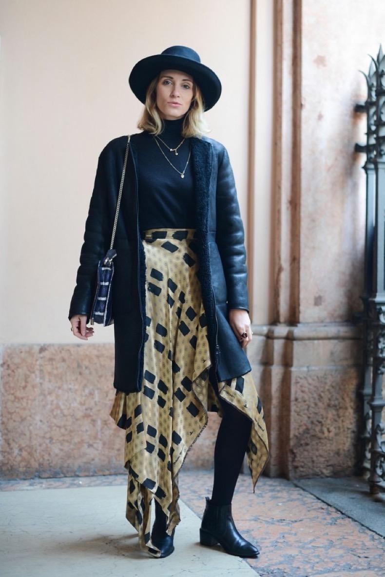 milan-street-style-kerchief-skirt-645x966