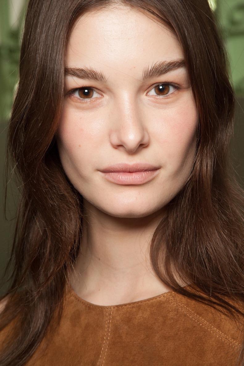 paris-fashion-week-chloe-fall-2015-rtw-beauty-backstage-natural-fresh-makeup-1