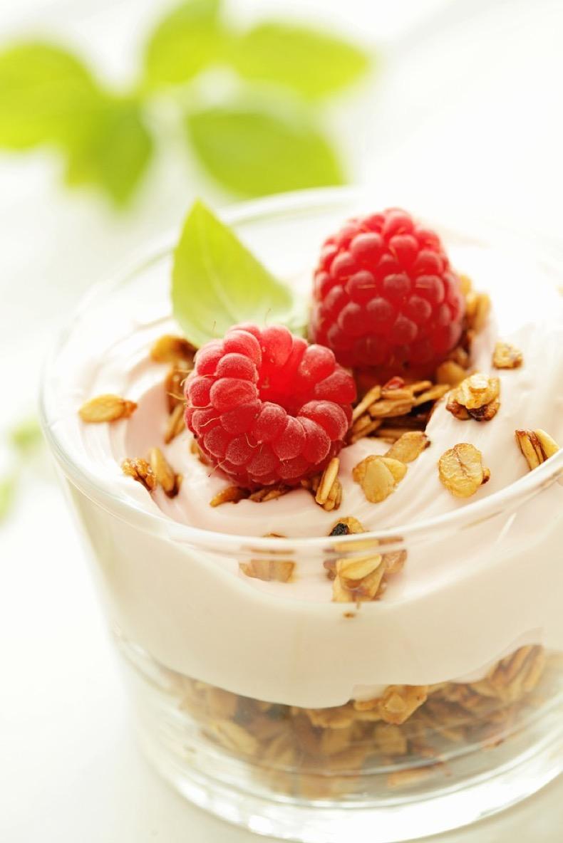 sk_quick_granola_yogurt_web