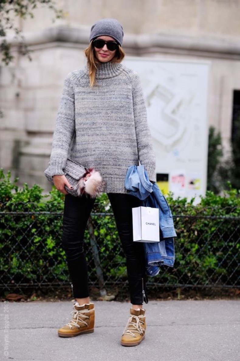 ski-style-via-grey-sweater-black-skinnies-isabel-marant-snow-boots-ski-style-via-whowhatwear