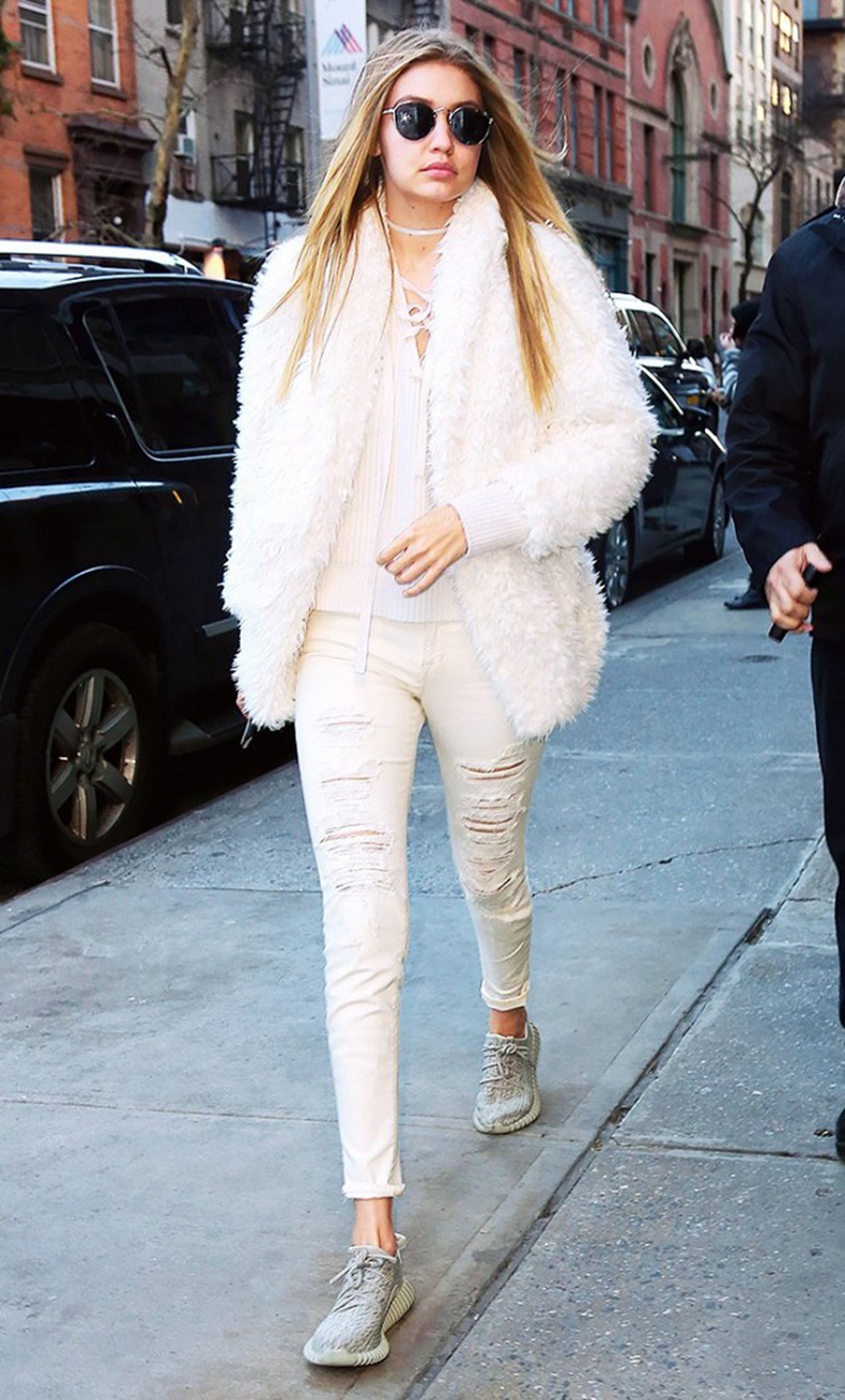 the-10-piece-gigi-hadid-wardrobe-1698187.640x0c