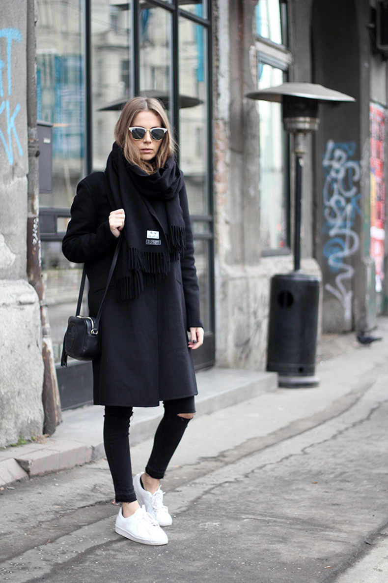 vanja,-fashion-and-style-blog,-ray-ban-sunglasses,-gucci-disco-bag,-adidas-superstar-80s-clean-sneakers,-adidas-srbija,-zara-coat,-acne-studios-scarf